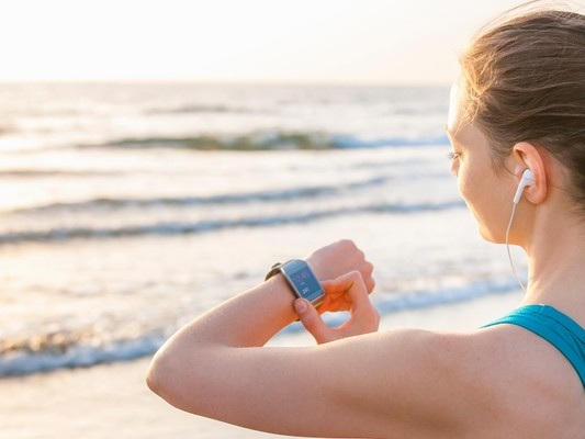 Perché leassicurazioni sanitarie sono disposte a regalarci uno smartwatch