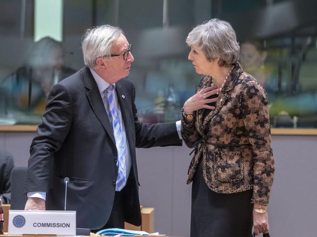 Brexit, Theresa May ottiene fiducia del Parlamento e avvia il dialogo