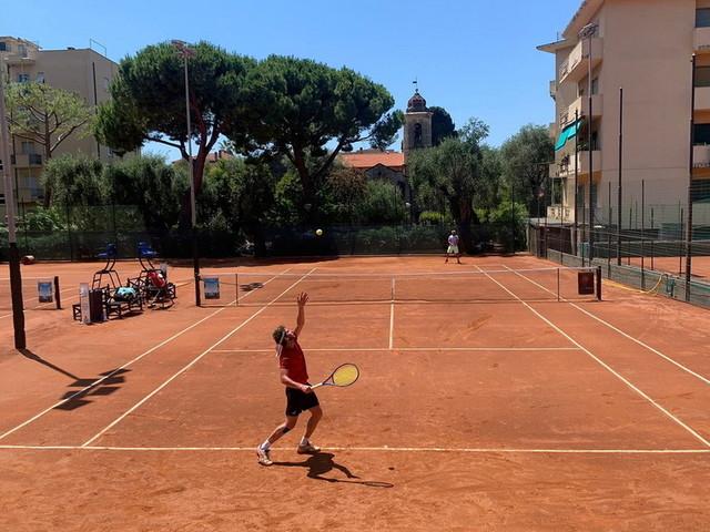 Tennis: sui campi del Bordighera Lawn Tennis Club come al Roland Garros, l'Open al rush finale