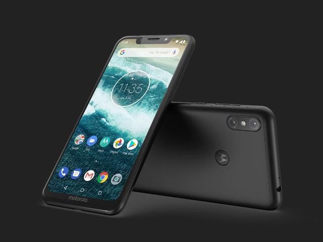 Motorola One Power riceverà Android 9 Pie nei prossimi giorni