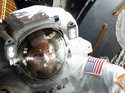 Stazione Spaziale: oggi Brad Pitt in collegamento con gli astronauti