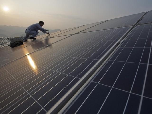 Energia, quando i cinesi ci diranno…sfida europea, Italia allo sbando