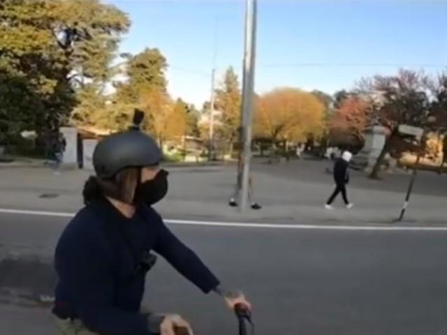 Brumotti aggredito dagli spacciatori: in strada nonostante il Coronavirus -VIDEO