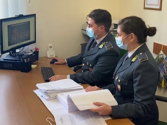 Reddito di cittadinanza senza averne diritto, 239 denunce anche a Cosenza