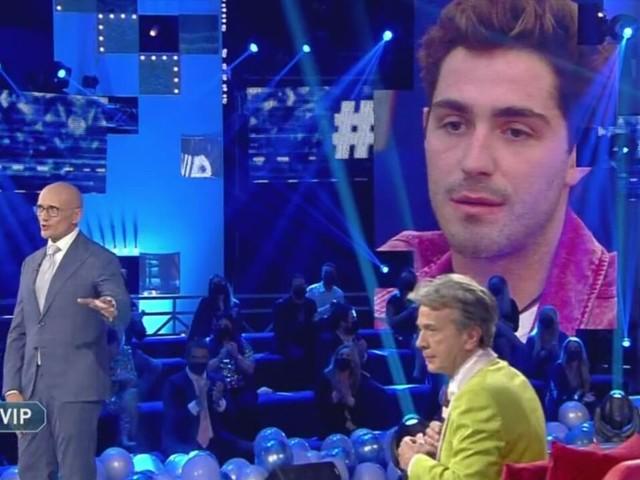 Battute fuori luogo al Grande Fratello Vip 2020 sul coming out di Gabriel Garko | Video Mediaset