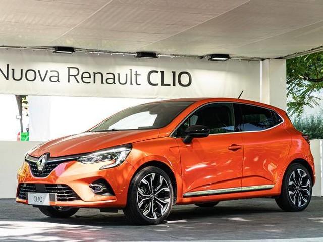 Renault, vendite a gonfie vele in Italia