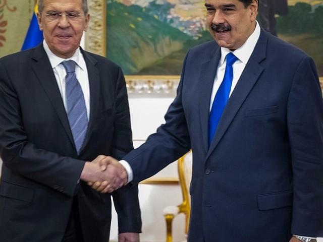 Venezuela: i traffici inconfessabili di Maduro con Iran e Russia