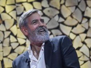 """George Clooney: """"Trump nella pattumiera della storia"""""""