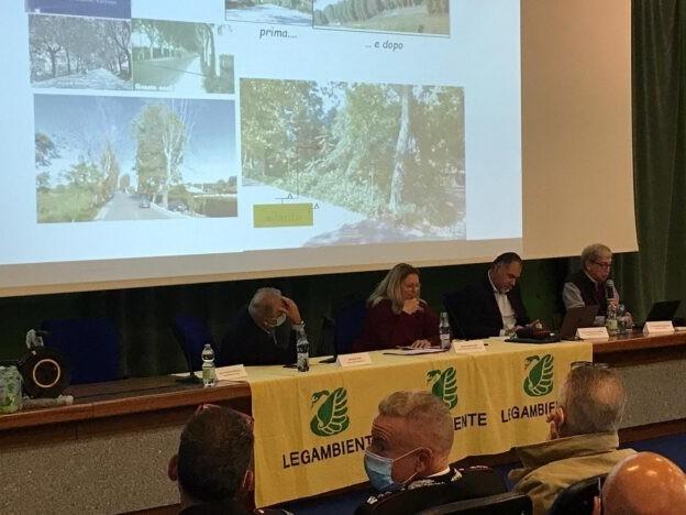 Successo del convegno sul verde pubblico all'Elba