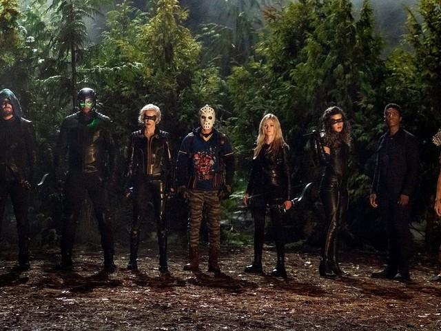Il finale di Arrow 8 cambia il destino di Mia in The Canaries?