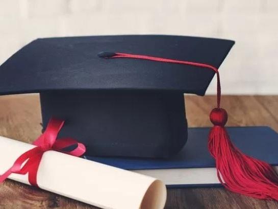 """Si laurea con 109, studentessa fa causa a università e Ministero: """"Meritavo 110"""""""