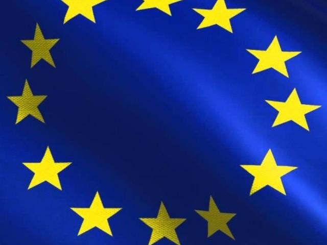 L'Europa approva la legge per la protezione dei consumatori: autorità amministrative potranno bloccare i siti