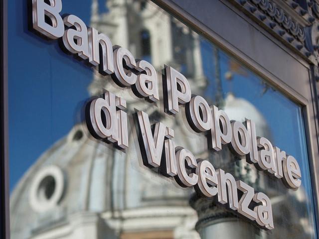 La nuova mission (impossible) di Governo, Intesa e Bankitalia sulle banche venete: giustificare l'operazione