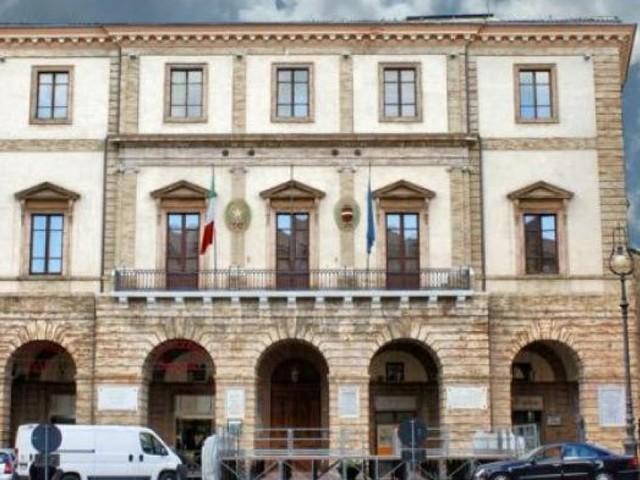 """Tolentino si prepara a due inaugurazioni: la scuola """"Grandi"""" e la piazza Martiri di Montalto"""
