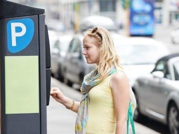 Si può parcheggiare sulle strisce blu senza pagare il ticket?