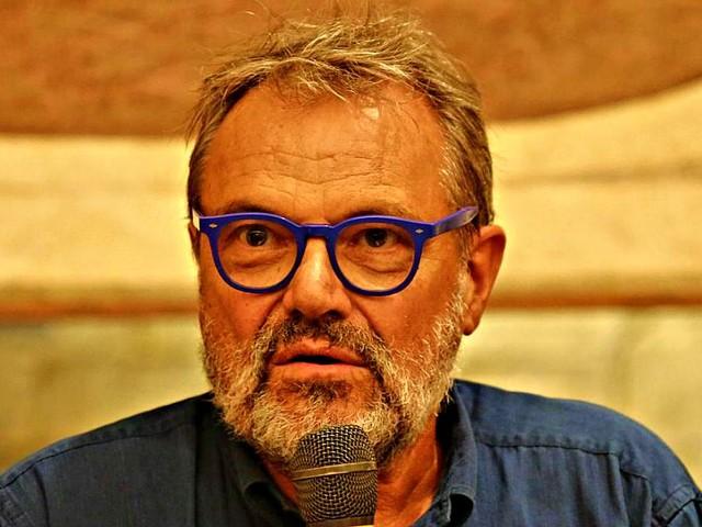 """Ponte Morandi, i parenti delle vittime contro Toscani: """"43 morti innocenti per lui conteranno poco, ma per noi erano tutto"""""""
