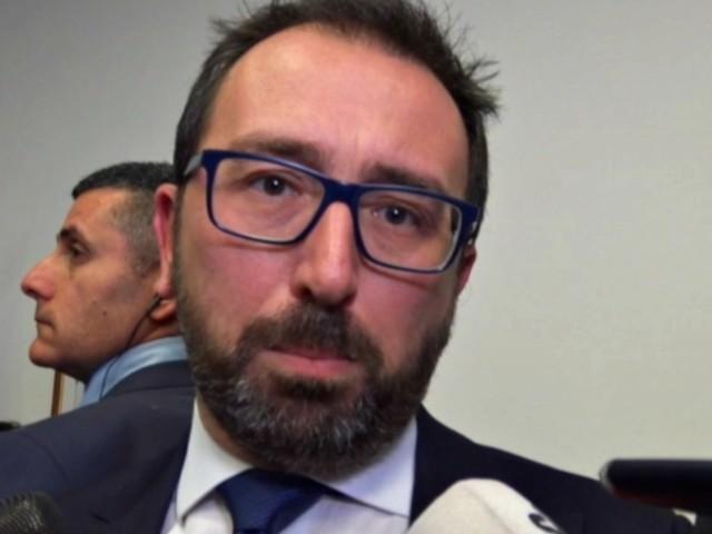 """Prescrizione, Bonafede: """"Italia Viva minaccia la sfiducia? Non offro sponda, sono liberi di stare o meno in maggioranza"""""""