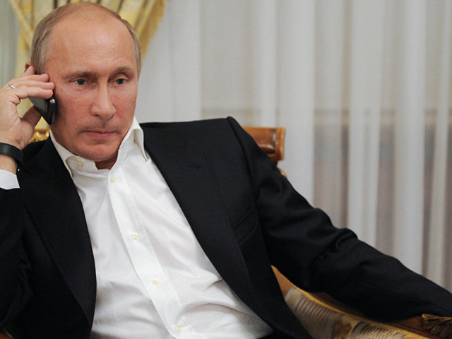 Putin vuole solo smartphone con app sviluppate in Russia e blocca Apple dal 2020