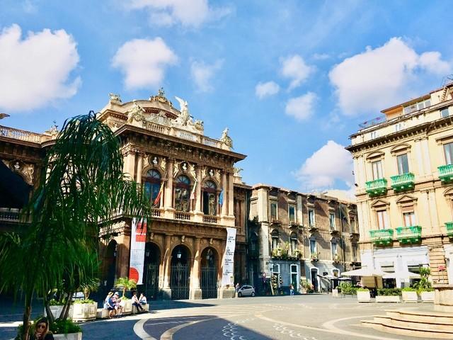 Teatro Bellini: sindacati, stagione estiva a rischio? Si trovi una soluzione