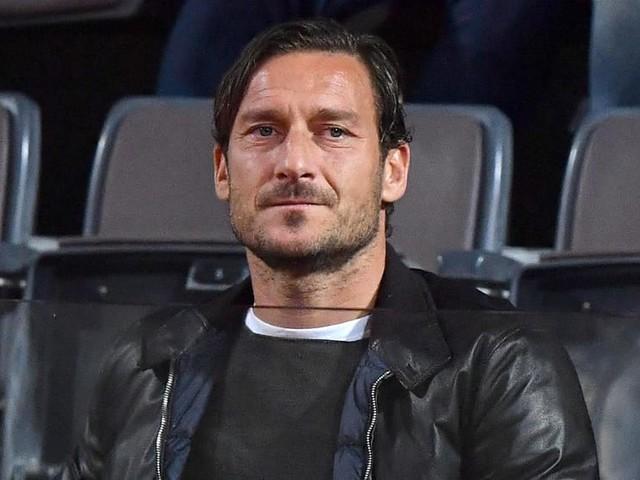 Totti lascia la Roma: la scelta è ufficiale