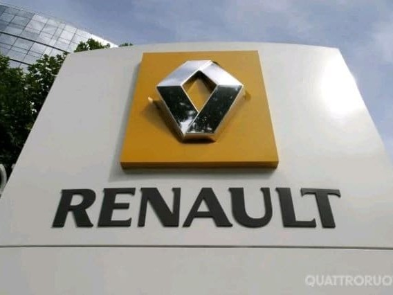 Renault - Crolla l'utile semestrale, pesa Nissan