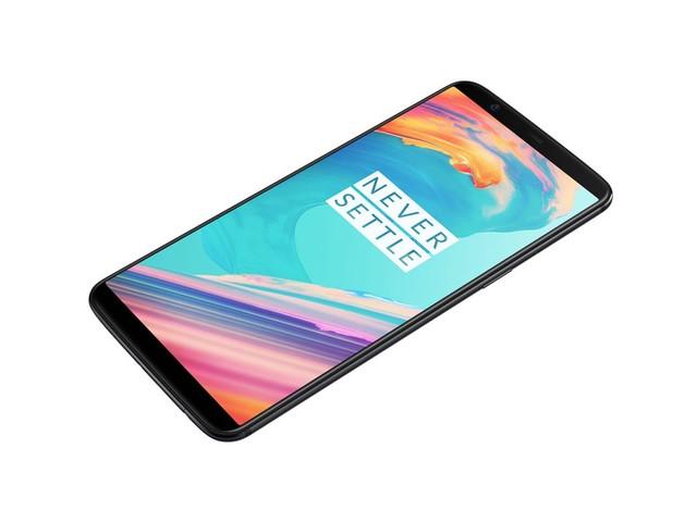 OnePlus 5T, via alle vendite