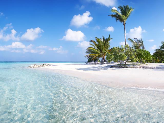 Maldive in pensione completa: volo a/r + 7 notti in favoloso lodge sulla spiaggia da 790€!