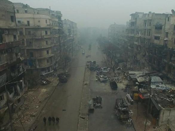 Esercito siriano risponde ad attacchi dei terroristi contro Aleppo