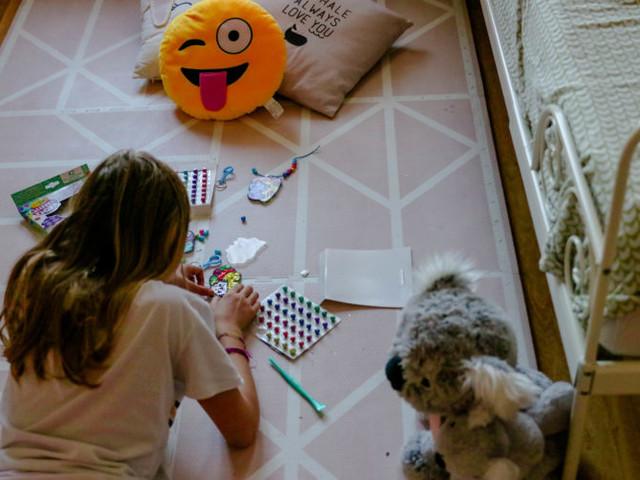 DIY creativi col glitter, senza sporcare: Crayola Glitter Dots.