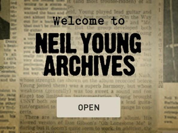 Neil Young ci regala la sua discografia ed è importante capirne il perché