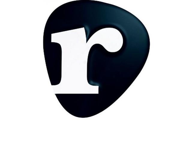 Sfera Ebbasta, la recensione del disco, i commenti su Facebook. Risponde il direttore di Rockol.