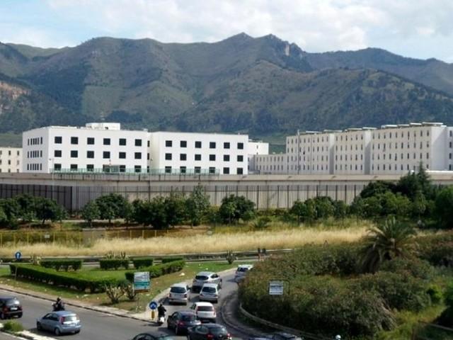 Focolaio Covid al Pagliarelli, 31 detenuti positivi