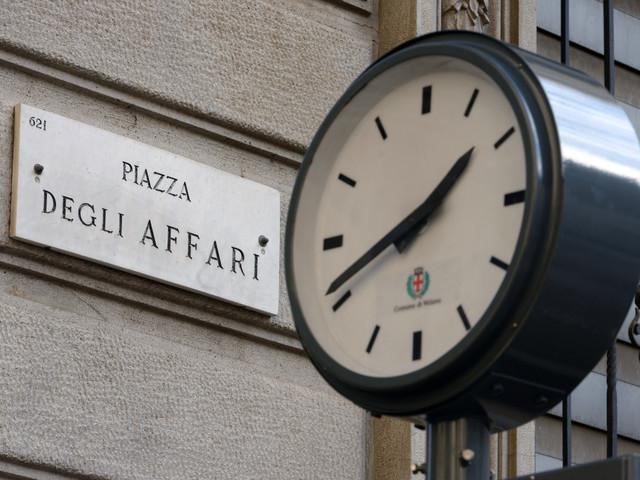 Prevalgono le vendite a Piazza Affari e tra le altre Borse europee