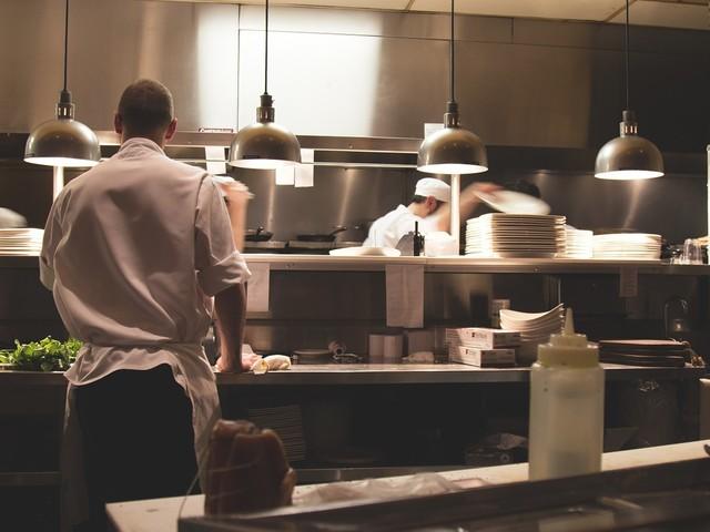 Lavoro a Berlino, prestigioso ristorante italiano cerca da subito cuoco e lavapiatti