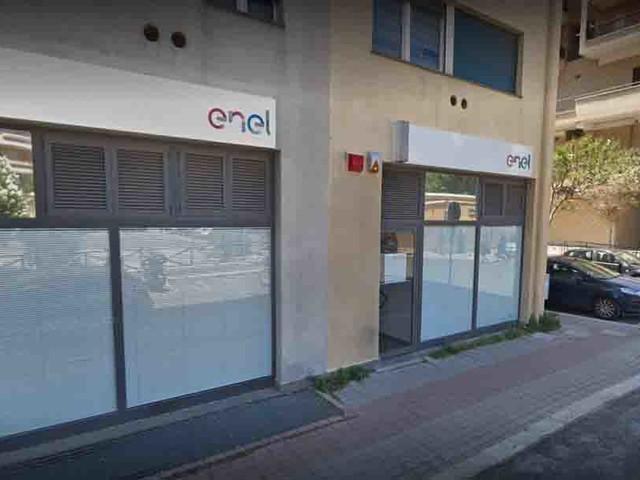 Servizio elettrico: il punto Enel non assiste più i clienti