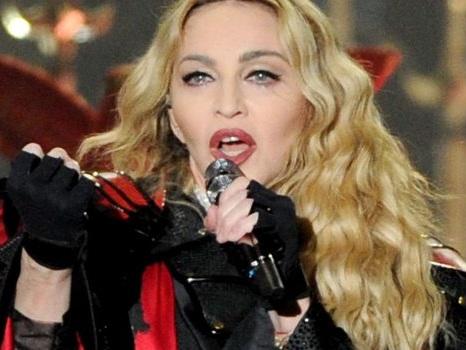 L'ospitata di Madonna a Eurovision 2019 verso il boicottaggio con le proteste di Peter Gabriel e Ken Loach