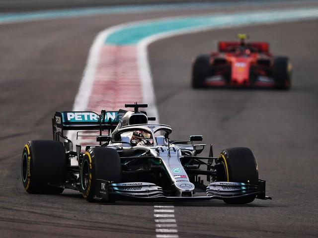 Formula Uno, Hamilton vince anche ad Abu Dhabi