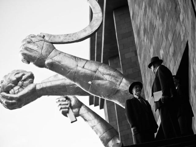 Siamo stati a Parigi per vedere la mostra sull'URSS che Berlino aveva rifiutato