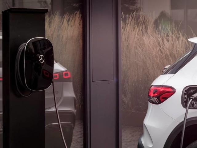Auto elettriche - Ecco quanto costano wallbox e colonnine