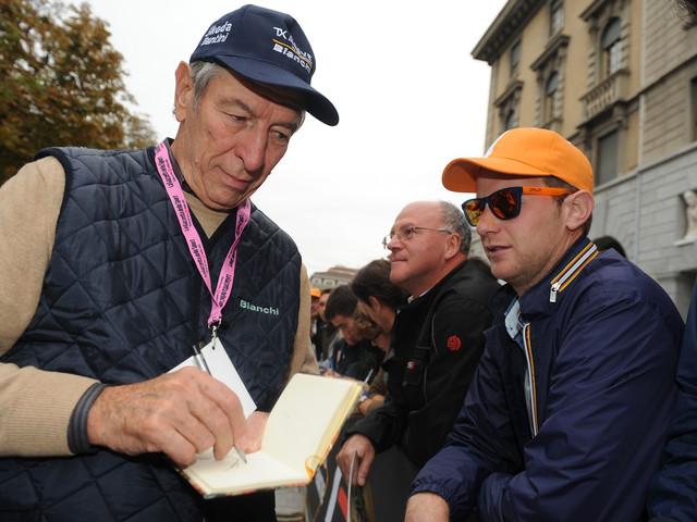 Lutto nel mondo del ciclismo, Felice Gimondi muore dopo un malore