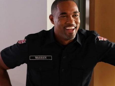 Crossover tra Grey's Anatomy 14 e lo spinoff sui pompieri: anticipazioni su personaggi e programmazione
