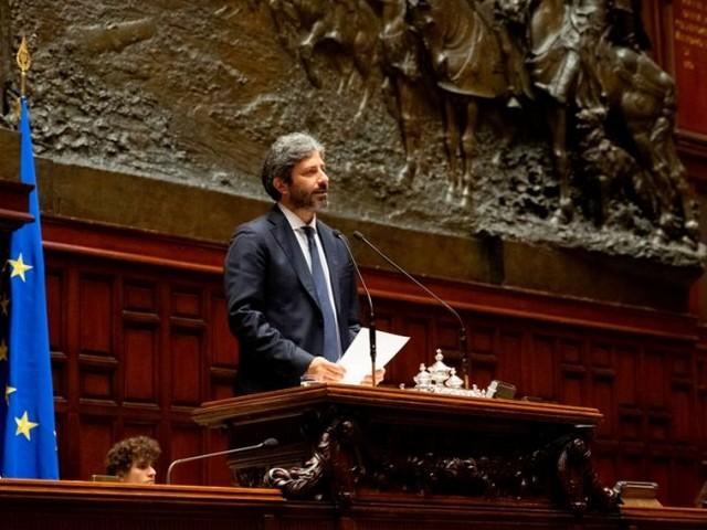 """Ipotesi Fico premier, arriva la smentita: """"Darà continuità al suo ruolo di presidente della Camera"""""""