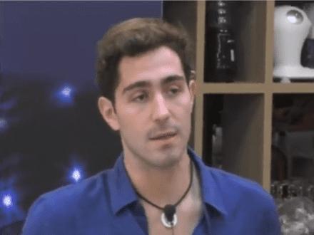 """Gossip News: Tommaso Zorzi in lacrime """"sono solo"""", Elisabetta Gregoraci """"Briatore mi ha lasciata sola al funerale di mia mamma"""""""