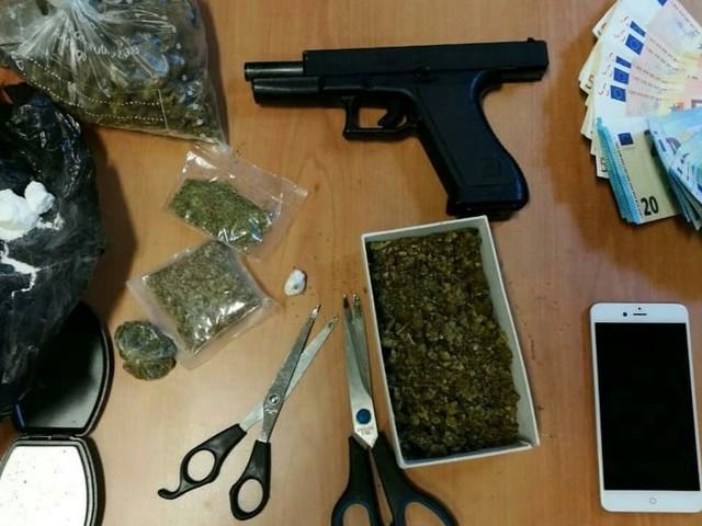 Cocaina in dosi già pronte, arrestato 'pusher' a Castel Maggiore