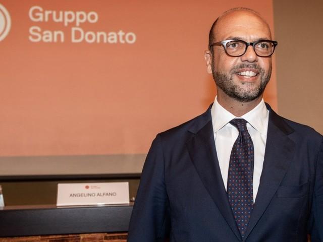 Dalla politica alla sanità, nuova vita per Angelino Alfano: l'ex ministro diventa presidente del Gruppo San Donato