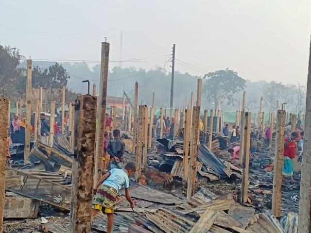 """""""La comunità internazionale deve trovare una soluzione duratura alla terribile situazione dei Rohingya"""""""