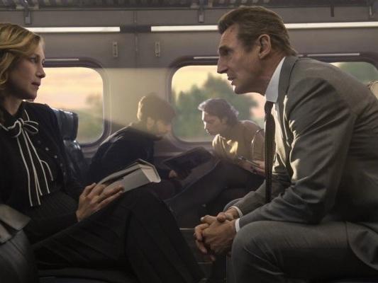 L'uomo sul treno, su Prime Video in streaming da oggi