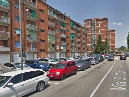 Milano, donna trovata morta in casa: ipotesi omicidio,il marito l'aveva aggredita con la candeggina