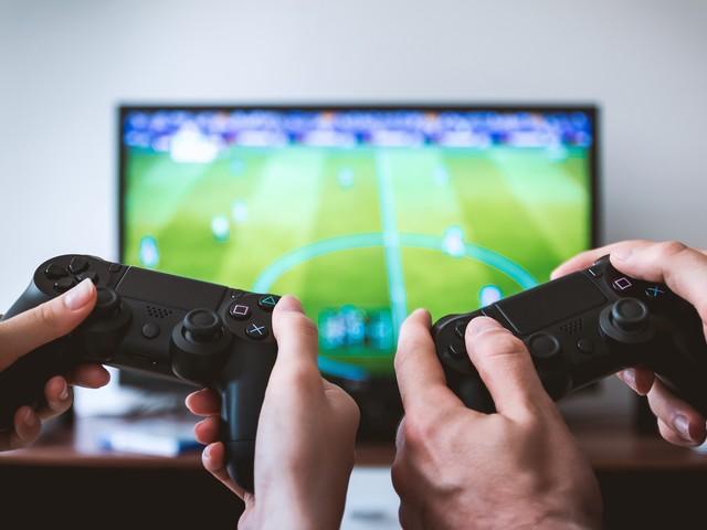 Cina, ora il governo stabilisce un coprifuoco per ridurre l'uso dei videogiochi
