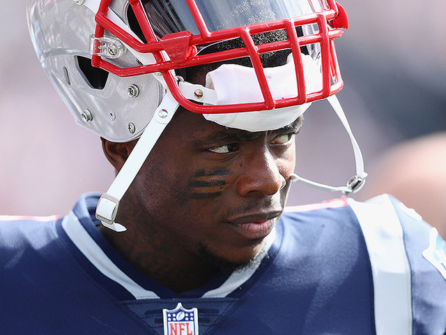 Patriots WR Josh Gordon Practices In Pads For First Time, Likely Removed From NFI List
